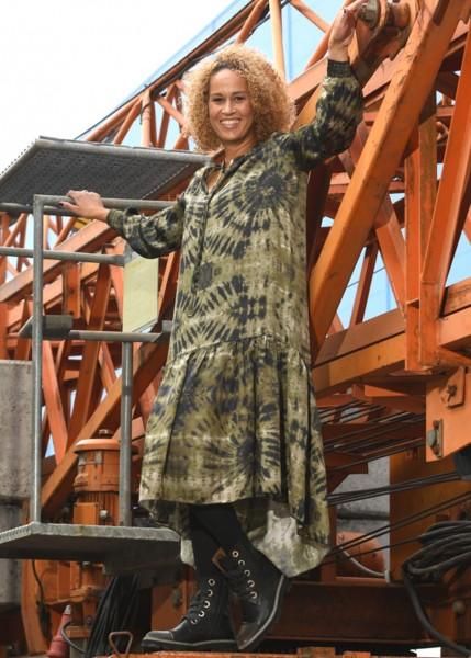 Langes Kleid - 1/1 Arm im Batiklook
