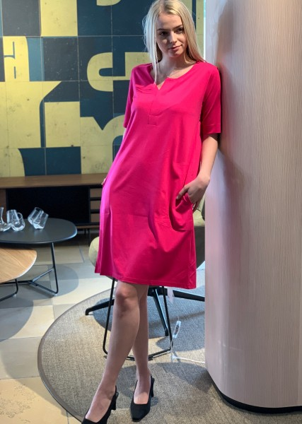 Edles Jersey Kleid in pink