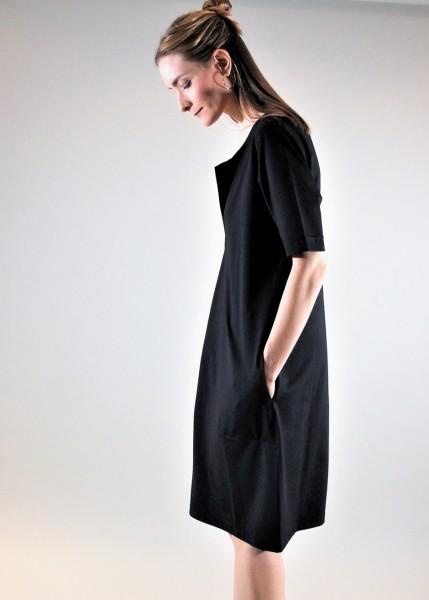Edles Jersey Kleid in schwarz