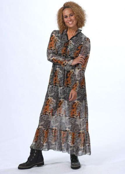 Langes, luftiges Kleid