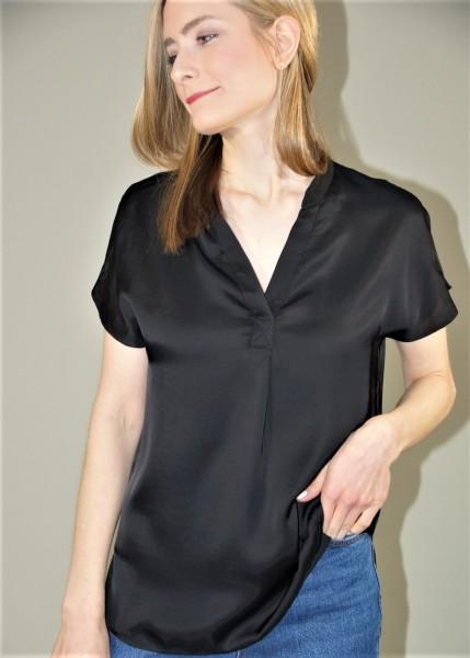 Weich fließende Bluse in schwarz